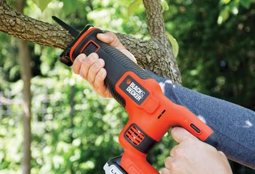 What is the Best Electric Pruning Saw