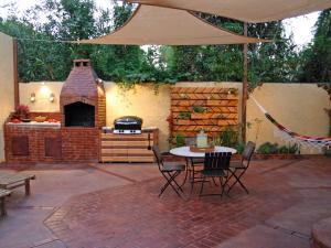 outdoor-kitchen-planning
