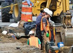 (construction-workers/Dan DeLuca)