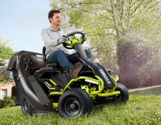 What to Look for in an Electric Riding Mower