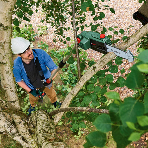 Cordless electric pole saw are a bit heavier due to the weight of the battery, and you will need to charge and recharge the battery for longer jobs
