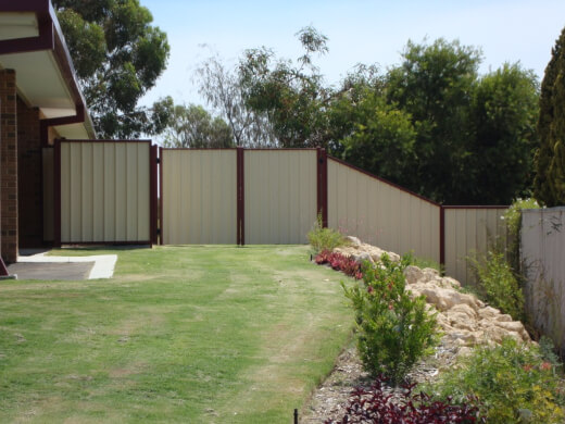 Colorbond fencing is extremely durable and can be customised to include optional slats or latticing as decorative elements on your fencing